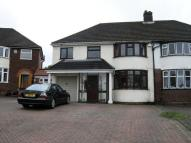 5 bedroom semi detached house in Kingswood Drive...