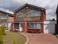 4 bed Detached property in Grendon Drive...