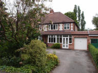 3 bed semi detached house in Jockey Road...