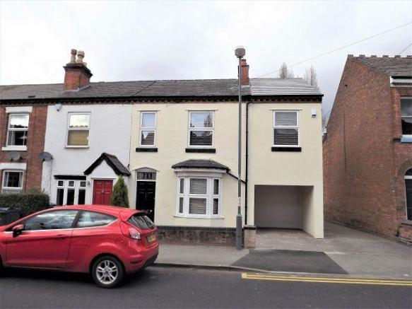 4 Bedroom End Of Terrace House For Sale In Highbridge Road