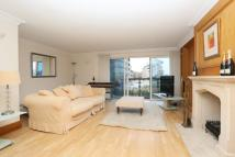 3 bed Maisonette in Riviera Court...