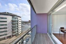 Apartment in Fathom Court...