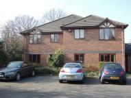 Flat to rent in Walmley Park Court...