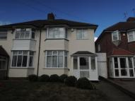 3 bedroom semi detached property to rent in Kings Road...