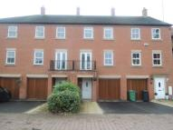 3 bed Town House to rent in Nether Hall Avenue...