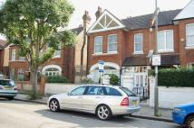 Flat to rent in Clarendon Drive, Putney