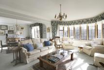 Flat for sale in Selwyn House...