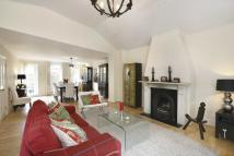 3 bed Detached property in The Coach House...