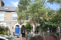 2 bed Terraced property in Oxford Road, Cambridge