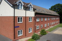 2 bed Apartment in Larch Close, Botley