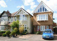 4 bedroom Detached house to rent in Hamilton Road...