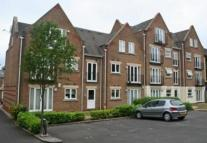 2 bed Apartment in New High St...