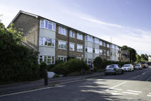 Apartment to rent in Summertown, North Oxford