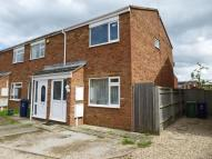 Fletcher Road End of Terrace house to rent