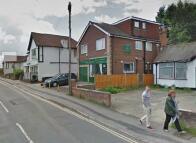 Maisonette in Kennington Road...