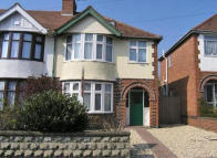 semi detached property in White Road, Cowley