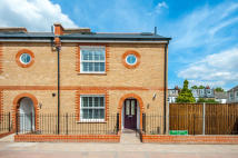 4 bed Town House to rent in Havelock Mews...