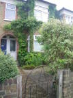 1 bed Maisonette to rent in Brampton Road...