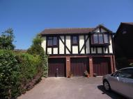 Flat to rent in Deans Court, Windlesham...