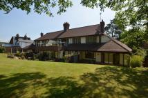 2 bed Flat for sale in Longbrook Court...