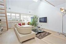 2 bed Apartment in Kensington Garden Square...