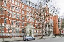 Apartment in Queens Gate, London