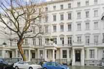 1 bed Apartment in Queens Gate, London