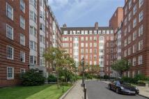 Apartment to rent in Cranmer Court, London