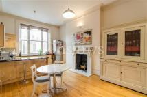 Queens Gate Maisonette to rent