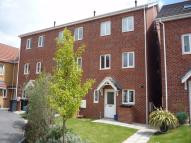 4 bed Town House to rent in 12 Camden Grove, Maltby...