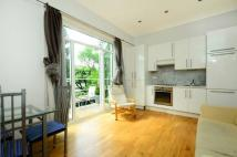 Flat to rent in St Johns Avenue