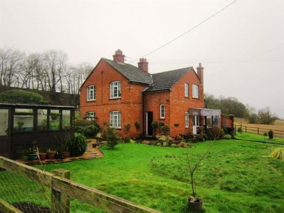 3 Bedroom House To Rent In Old Park Farm Cottage Devizes