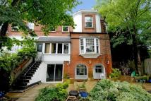 2 bed Maisonette for sale in High Barnet, Herts