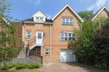 4 bedroom Detached home in Barnet, Herts