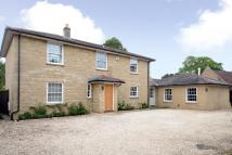 5 bedroom Detached property in Queens Avenue, Bicester