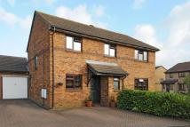 5 bed Detached property to rent in Caversfield, Bicester