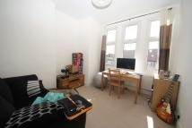 2 bedroom Flat to rent in Mount Ephraim Lane...