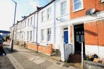 semi detached house to rent in Gambole, Tooting Broadway