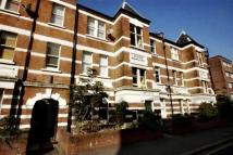 Maisonette to rent in Crownstone Road, Brixton