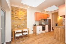 Flat in Speldhurst Road, London...