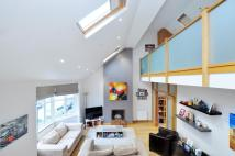 2 bedroom Flat to rent in Prebend Gardens, London...
