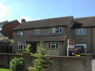 5 bedroom semi detached house for sale in Laburnam Close, Grantham...
