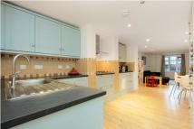 2 bed Flat for sale in Dyne Road, NW6
