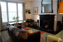 2 bedroom Flat in The Avenue, NW6