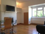 Flat to rent in Dyne Road, NW6