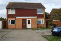 Maisonette to rent in CHERTSEY