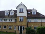 Apartment to rent in ADDLESTONE