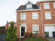 4 bedroom Town House to rent in Columbine Close, Melling...