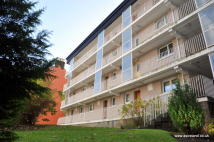 1 bedroom Ground Flat for sale in 1/2, 72 Crown Road North...