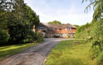 7 bed Detached home in East Lavant, Chichester...